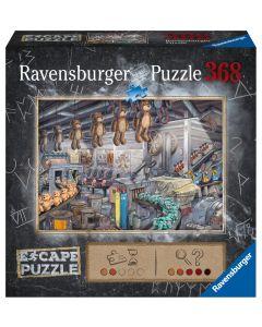 Ravensburger puslespill er puslespill av høy kvalitet, produsert i Tyskland. Hver brikke har en unik fasong og passer bare et sted, og det ferdige puslespillet sitter godt sammen. Om du ikke ønsker å lime det sammen kan det pakkes ned og pusles igjen og i